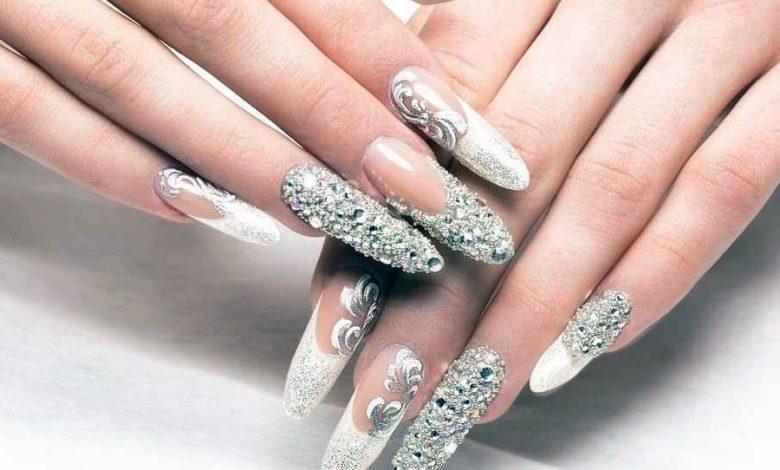 Photo of Diamonds on Fingernails? Yes!